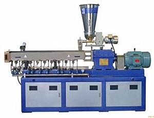 力科变频器塑料机械行业案例